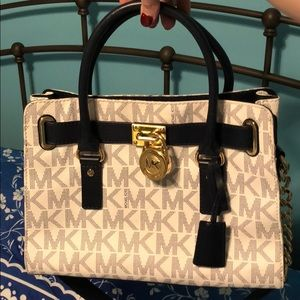 NWOT Michael Kors Purse